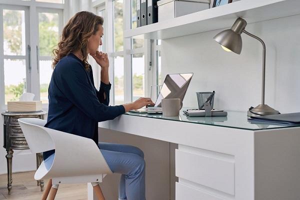 render mais trabalhando em casa